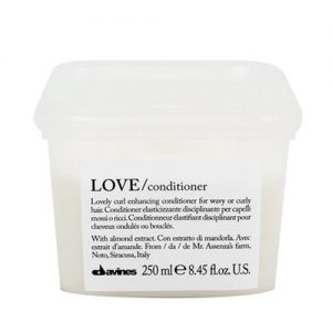 Dầu xả Davines Love Curl Conditioner