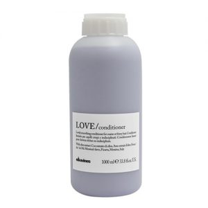 Dầu xả Davines Love Smoothing Conditioner 1000ml